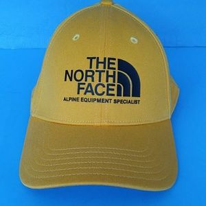 BRAND NEW THE NORTH FACE ACTIVE HAT